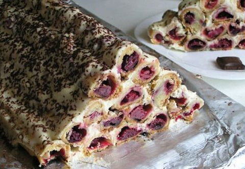 Пирог трубочками с вишней рецепт с