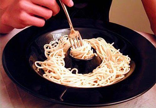 Как есть спагетти фото