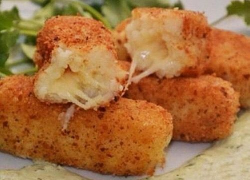Картофельные палочки с сыром фото