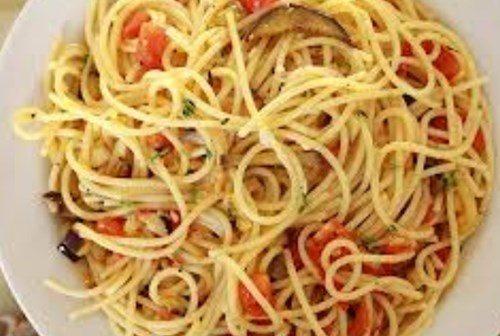 Спагетти с баклажанами фото
