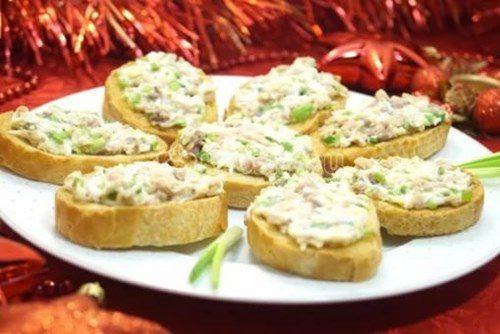 Бутерброды с тресковой печени фото