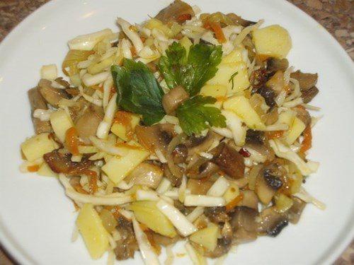 Салат из картофеля с грибами фото
