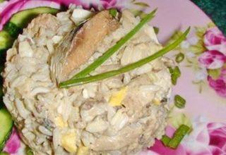 Салат с сардинами и рисом