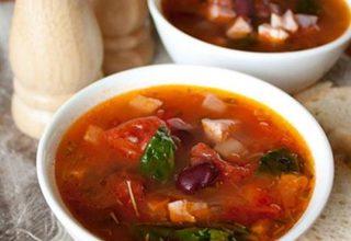 Суп с фасолью и томатами