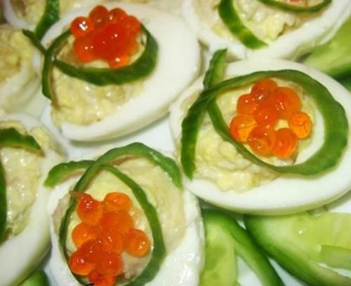 Яйца фаршированные «Карамболь» фото