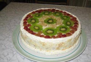 «Бисквит с фруктами»