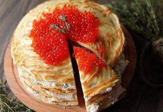 Блинный торт с «Лососем и сыром»